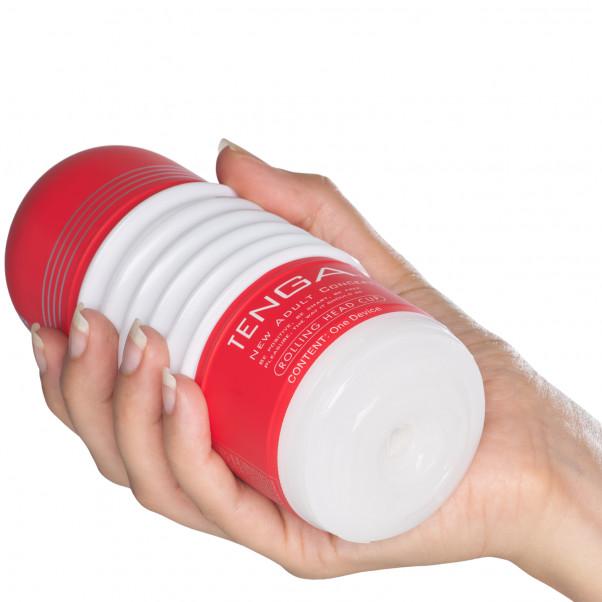 TENGA Rolling Head Cup Produktbilde med hånd 50