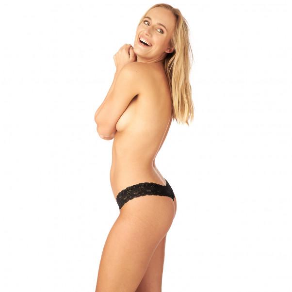 Nortie Manja Bunnløs Blonde G-Streng produkt på modell 2